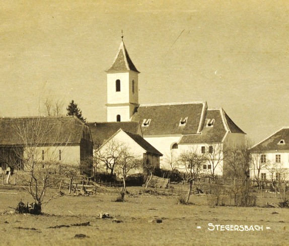 Stegersbach, Heilig - Geist Kirche und Volksschule